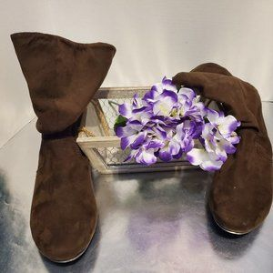 Faded Glory Brown Suede Ankle boots